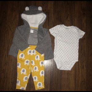 Carters 6month baby girl set